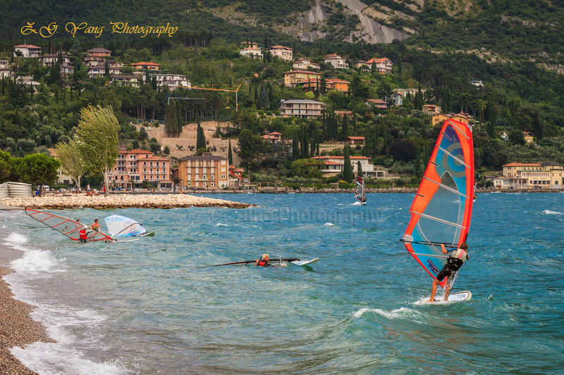 Windsurf at Garda lake