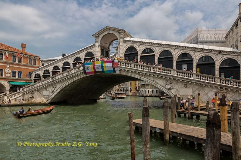 Ponte di Rialto, Italy