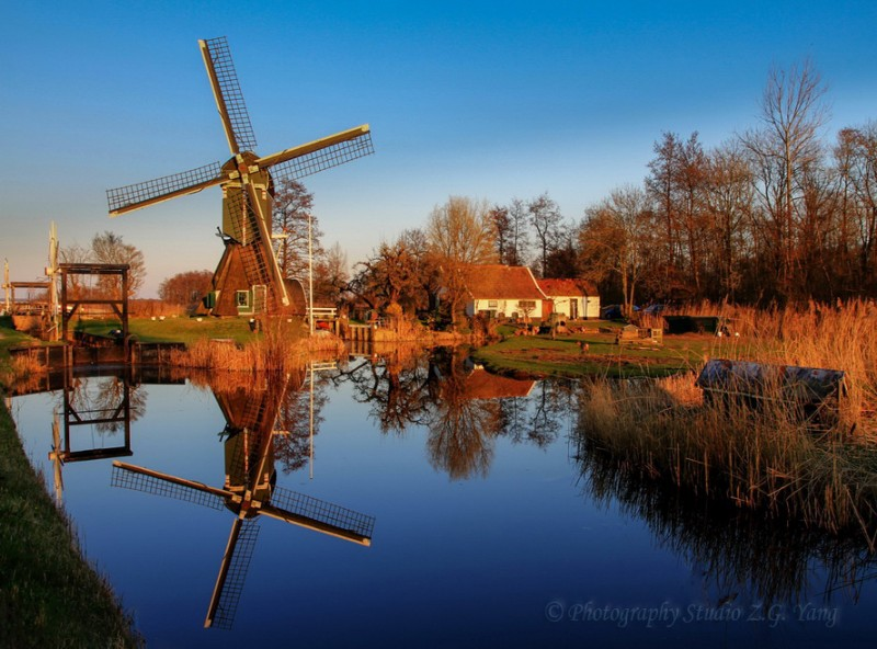 Windmill at Tienhoven, Holland
