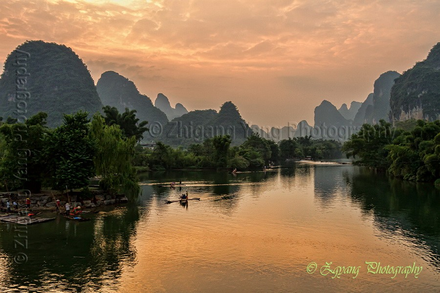 Sunset moment at Yulong River