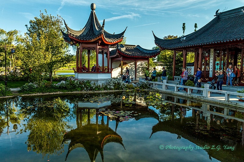 Floriade 2012 - Chinese tea house, Holland