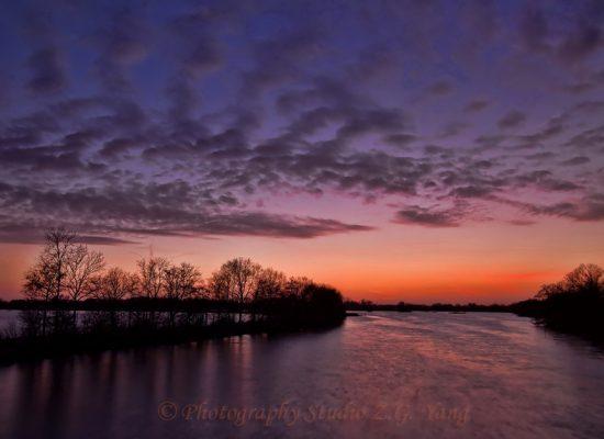 Loosdrecht lake at dawn, NL